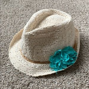 Sun hat with flower accent